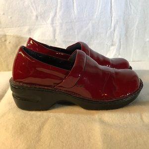 Born concept burgundy shoes Sz 7.5